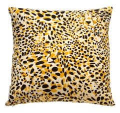 Cheetah Vision Pillow in Color Aventura 'Golden Yellow and Black on Cream'