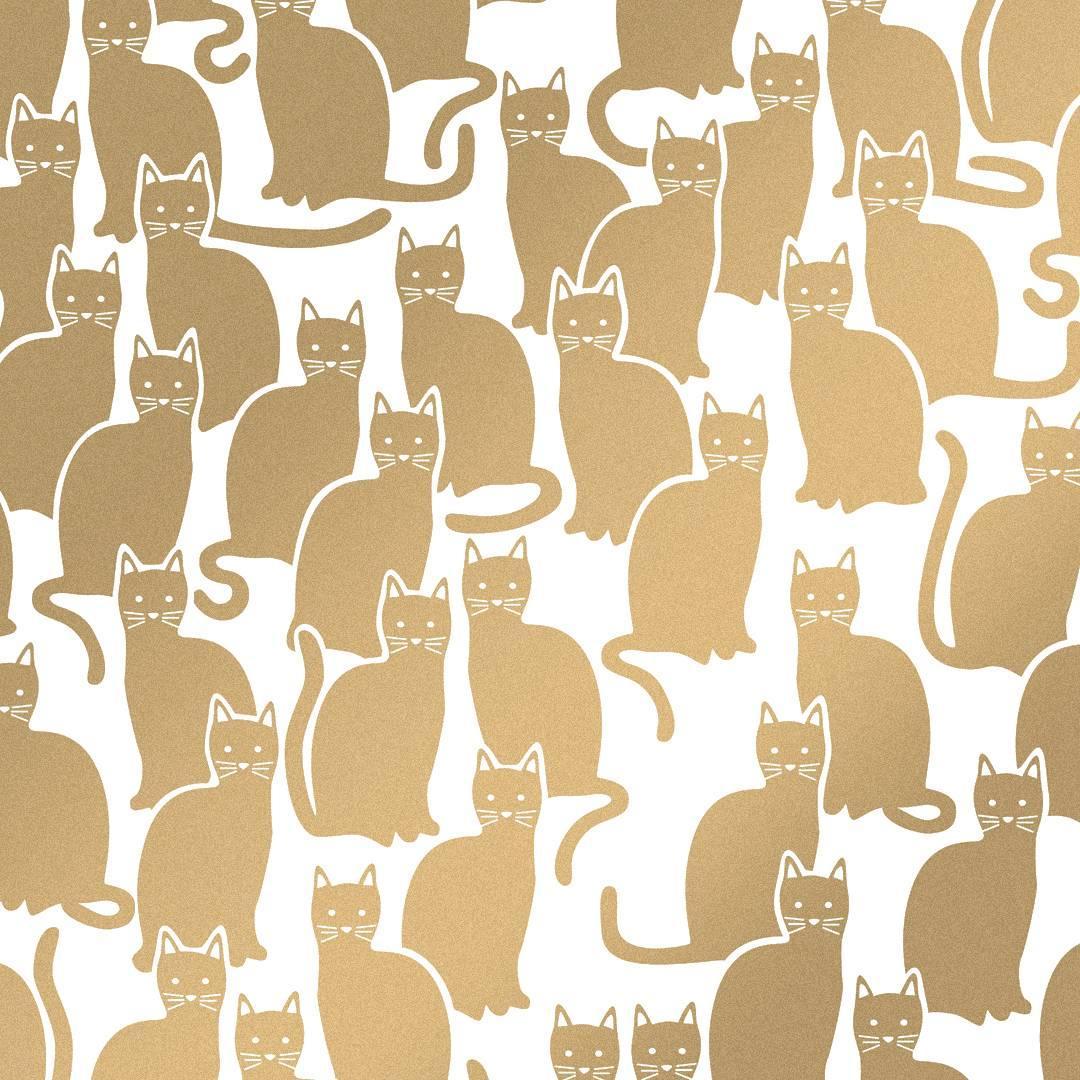 Shadowcat Designer Wallpaper in Sphinx 'Metallic Gold on Soft White'