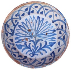 19th Century Spanish Fajalauza White and Blue Glazed Terracotta Plate