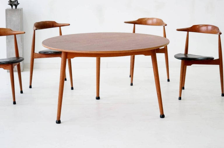 Leather Set of Six Heart Dinging Room Chair, Tripod Table, H.J. Wegner Hansen F. Hansen For Sale