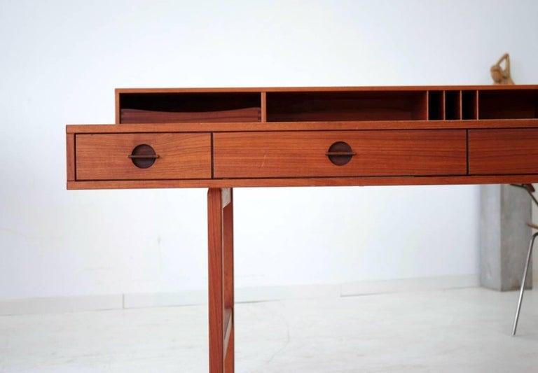 schreibtisch modern design, flip-top teak desk writing table for peter lovig nielsen by jens, Design ideen