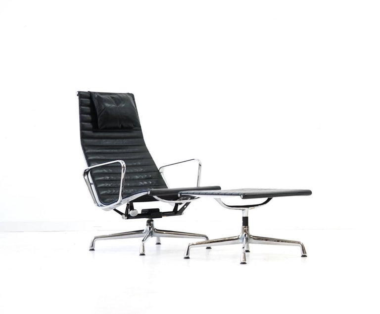 Eames Vitra Lounge Chair ea 124 125 vitra lounge chair by charles and eames for sale at
