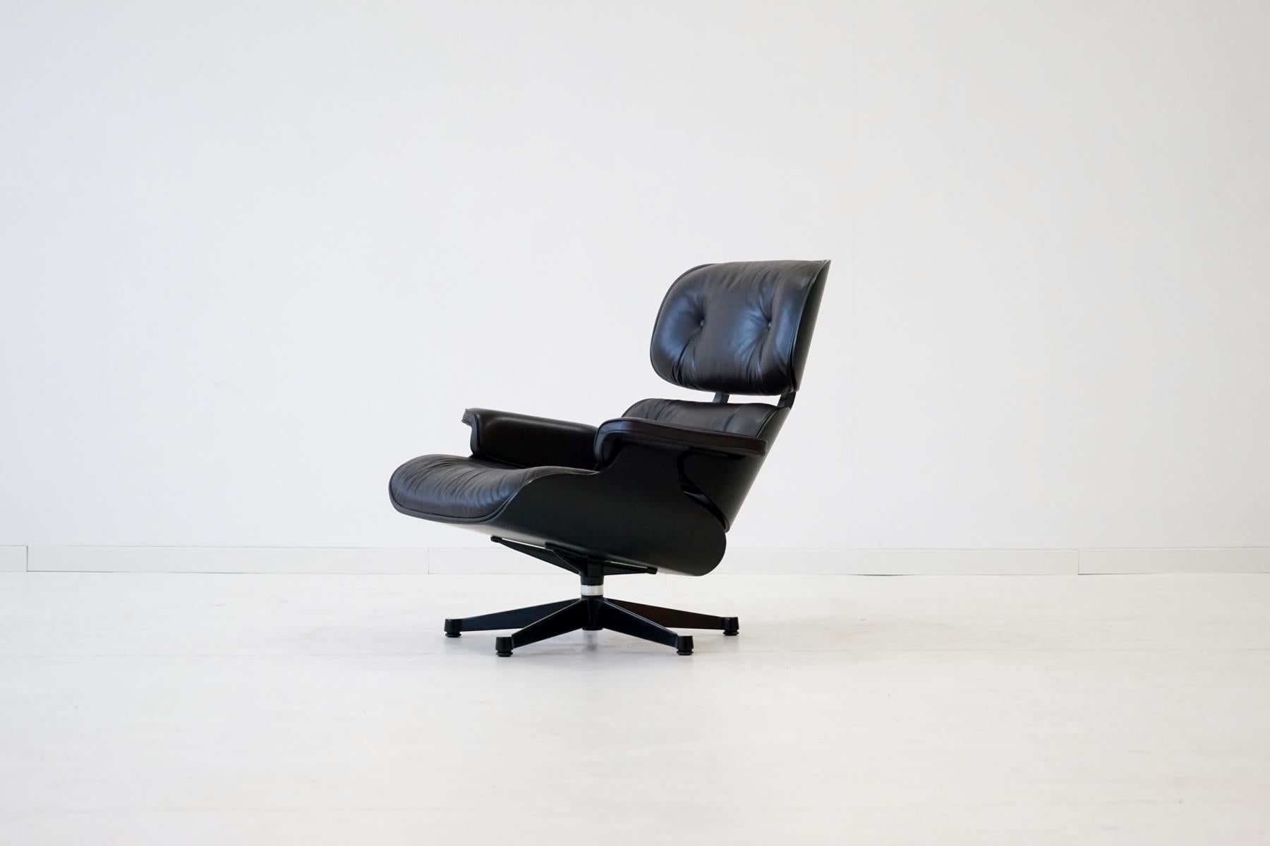 Original Lounge Chair By Charles Eames, Vitra, From Exhibition For Sale At  1stdibs