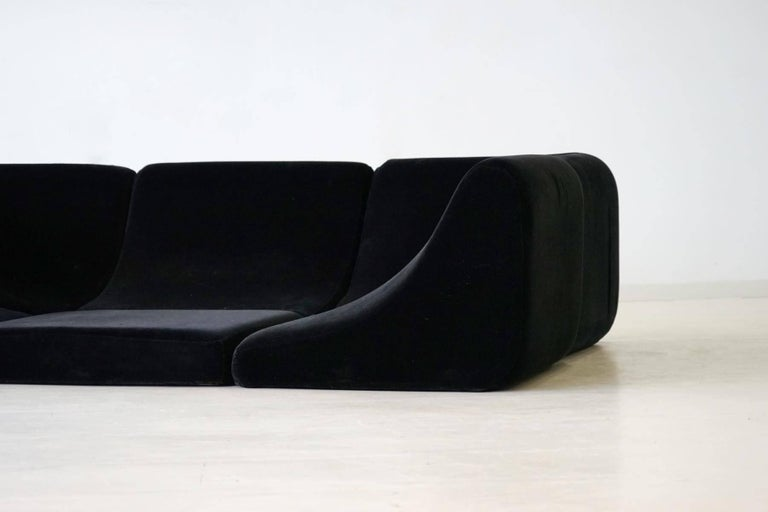Sofa pool modular seating landscape and table luigi colani for Pool design 1970