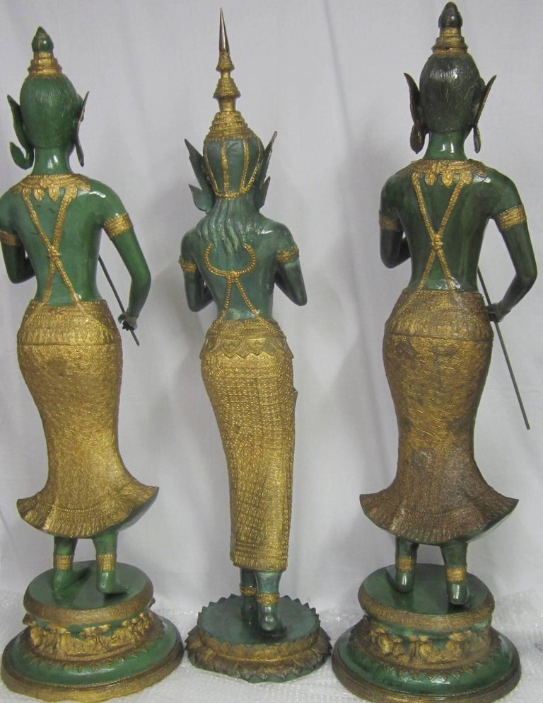 Gilt Decorated Bronze Statues, Thailand In Excellent Condition For Sale In Paradise Point, Queensland