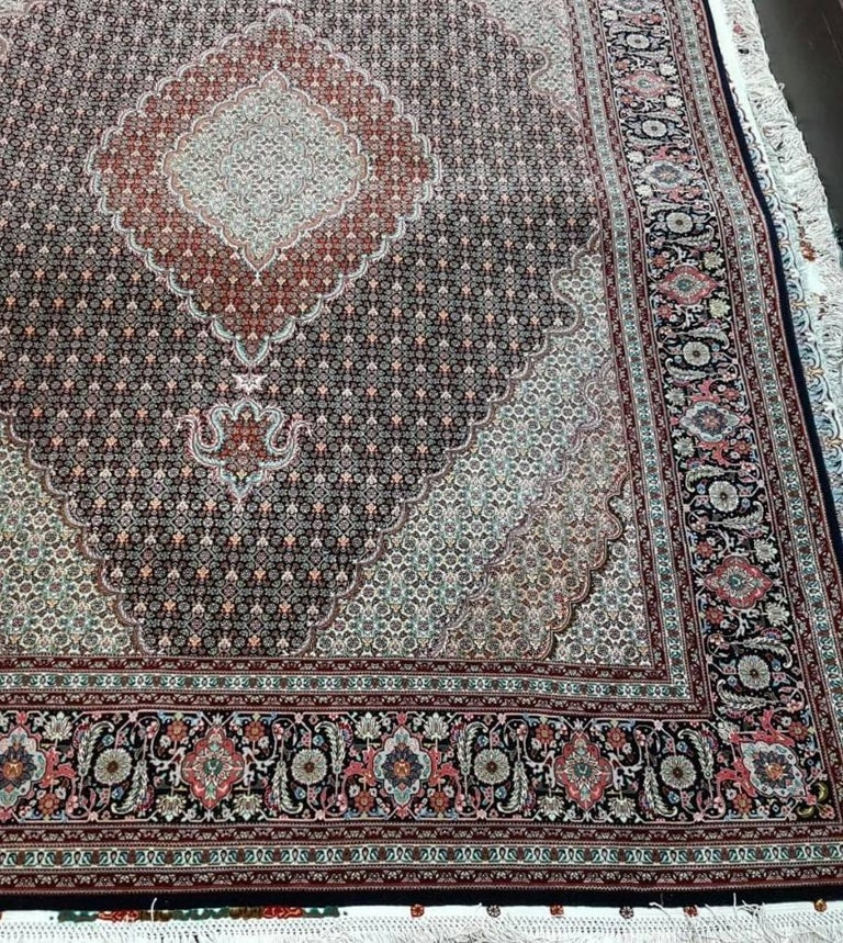 Mahi Genuine Hand-Knotted Persian Maralan Tabriz Rug/Carpet In Excellent Condition For Sale In Cremorne, AU