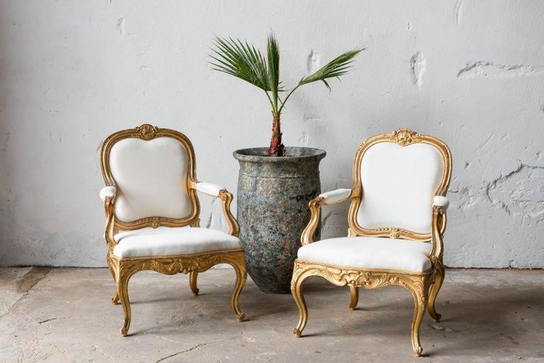 Pair of Swedish 19th Century Gilded Armchairs For Sale 1