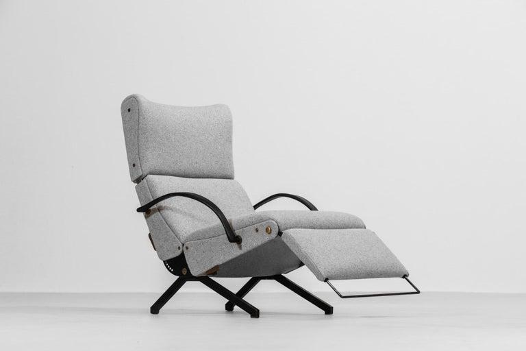 Osvaldo Borsani Lounge Chair Model P40 for Tecno, Italy For Sale 8