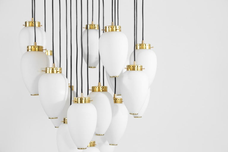 Large Modern Suspension, Hans Agne Jakobsson Style, 19 Lights In New Condition For Sale In Lyon, FR