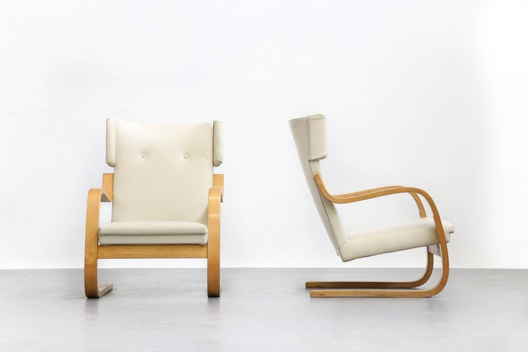 Design Alvar Aalto.Pair Of Lounge Chairs Model 401 By Alvar Aalto 1935 Finland Design