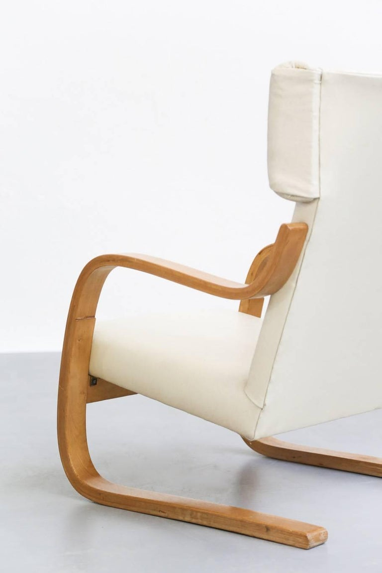 Mid-20th Century Pair of Lounge Chairs Model 401 by Alvar Aalto, 1935 Finland Design For Sale