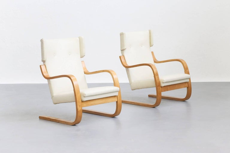 Pair of Lounge Chairs Model 401 by Alvar Aalto, 1935 Finland Design For Sale 1