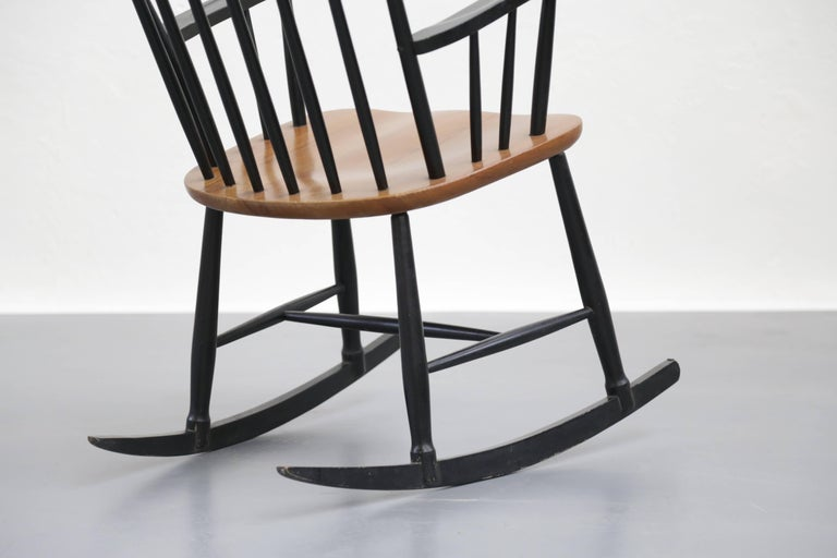 Rocking Chair Tapiovaara Model Fanett Scandinavian, 1960s In Good Condition For Sale In Lyon, FR