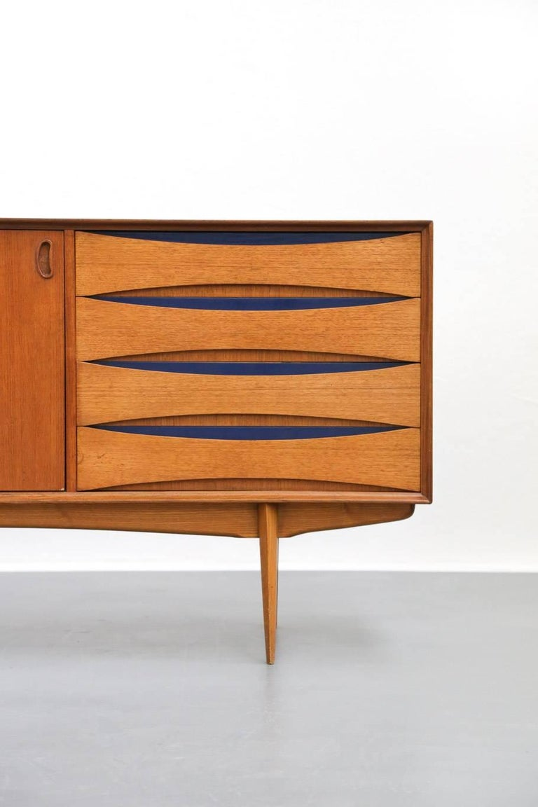Oswald vermaercke scandinavian teak sideboard at 1stdibs for Sideboard scandi