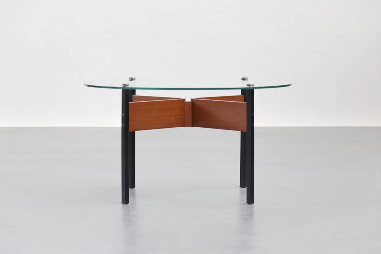 Mid-Century Modern Small Modern Coffee Table, 1960s For Sale