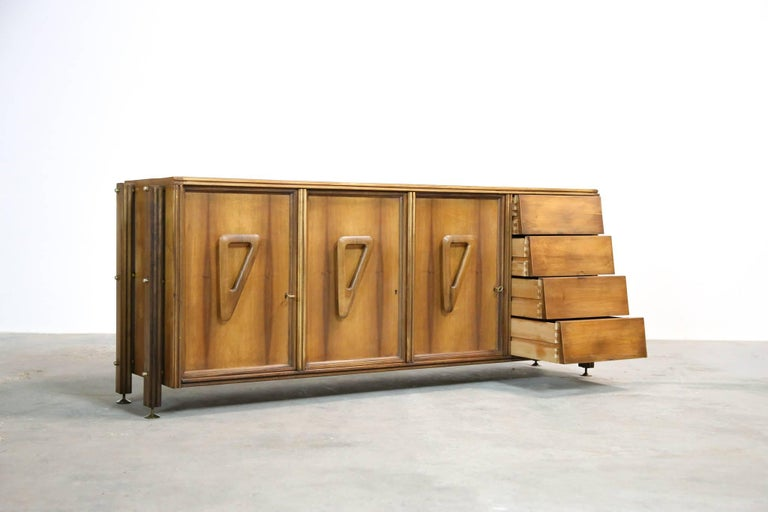 Italian Rosewood Sideboard, 1960s For Sale 1