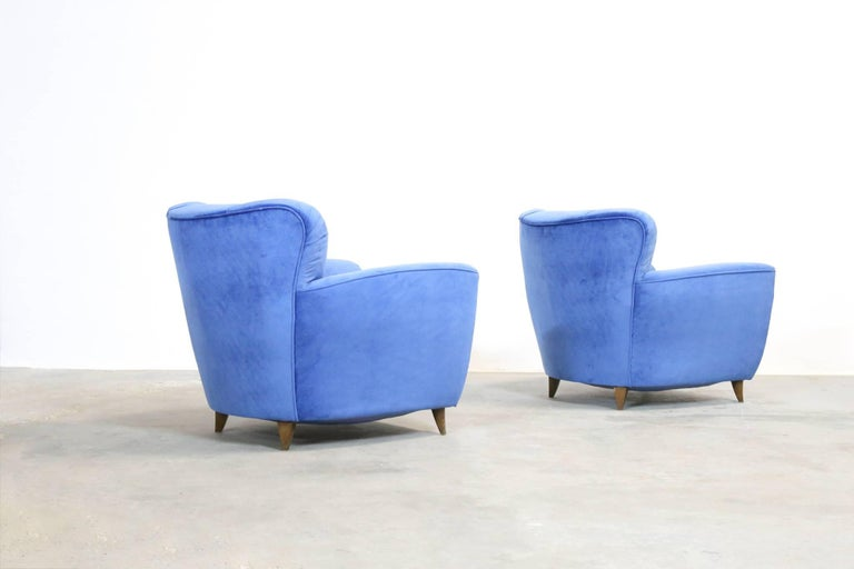 Pair of Armchairs in the Style of Gio Ponti, 1960s For Sale 2