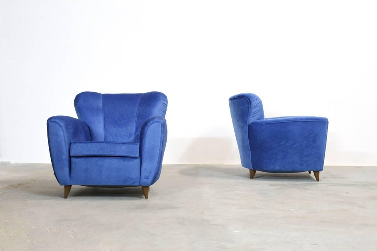 Pair of Armchairs in the Style of Gio Ponti, 1960s In Excellent Condition For Sale In Lyon, FR