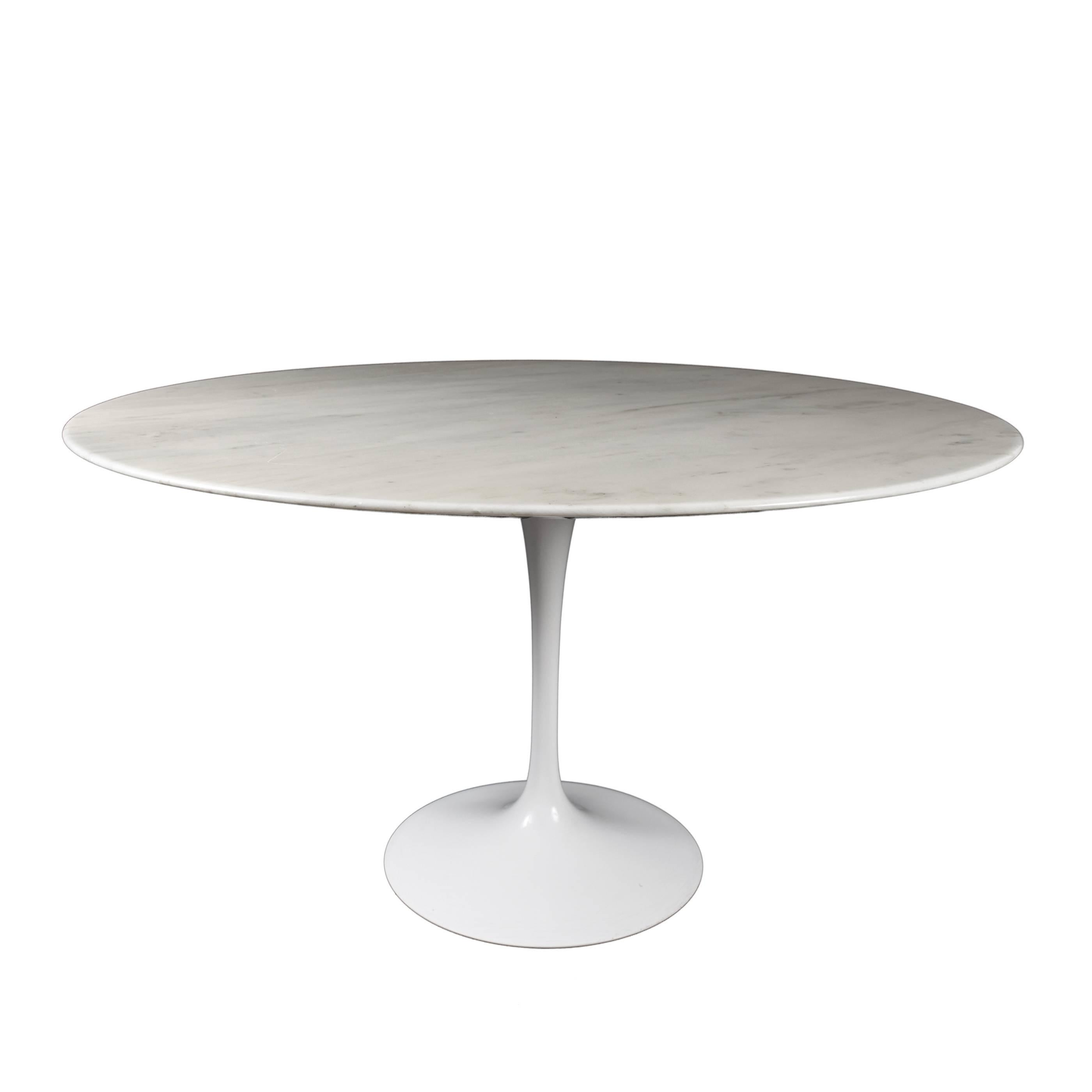 Eero Saarinen Tulip Carrara Marble Dinning Table By Knoll International