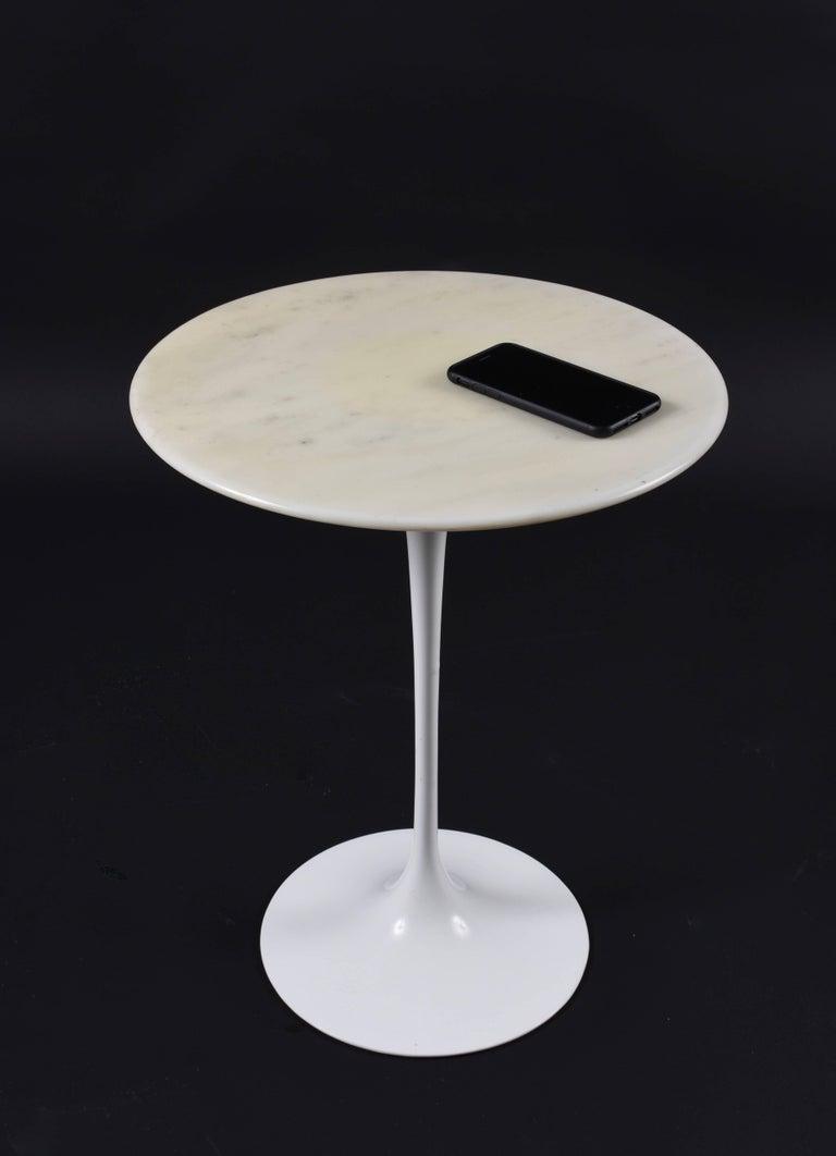Knoll Eero Saarinen White Tulip Carrara Marble Side Table