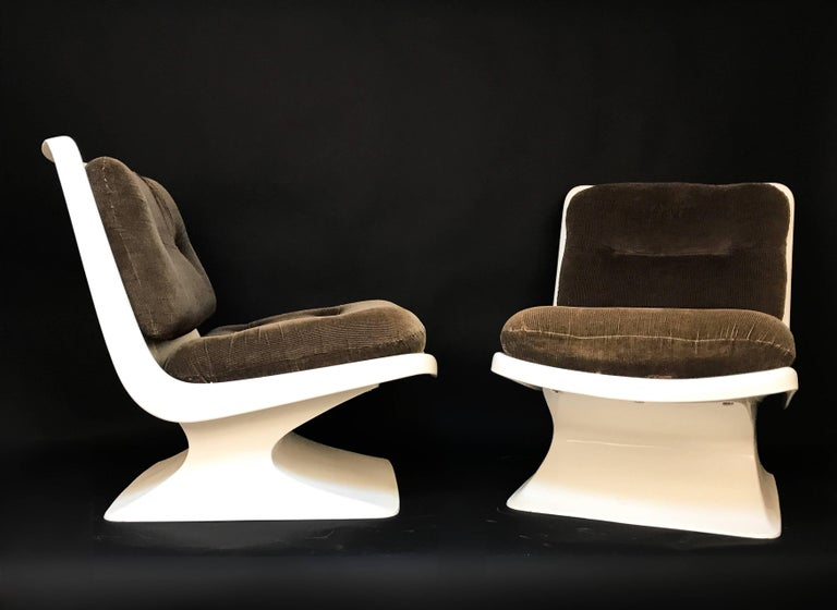 Plastic French Design Pair of Lounge Chair by Albert Jacob Grosfillex Space Age, 1970s For Sale