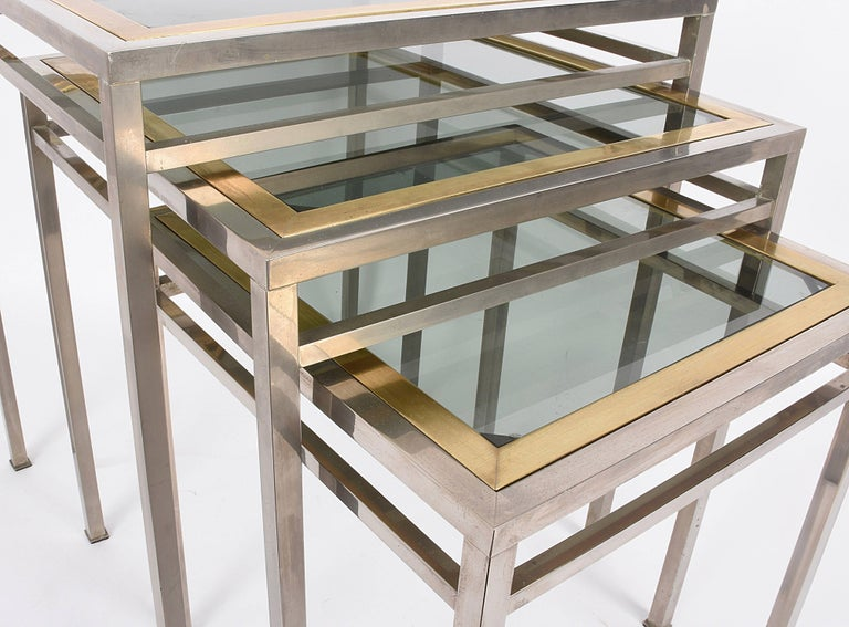 Midcentury Metal, Brass and Smoked Glass Extractable Coffee Tables, Italy, 1970s For Sale 1