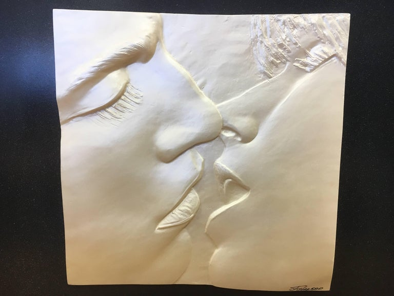 The Kiss Original Signed Sculpture Relief, Figler, 1990 For Sale 1