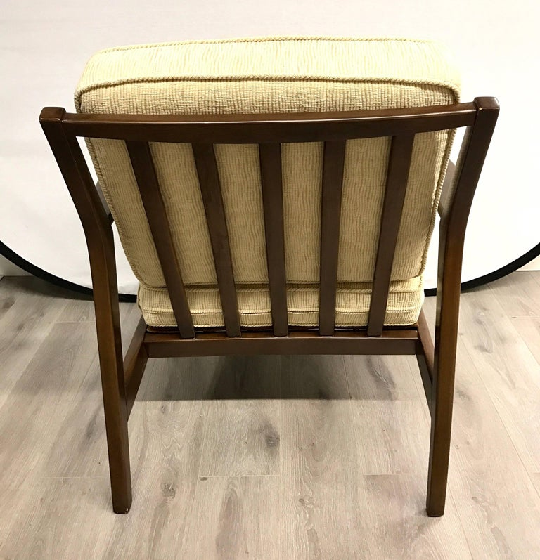 Pair of Danish Midcentury Modern Armchairs In Excellent Condition For Sale In West Hartford, CT