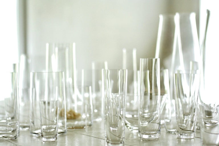 Set of 6 Deborah Ehrlich Simple Crystal White Wine Glasses Handblown in Sweden In New Condition For Sale In High Falls, NY