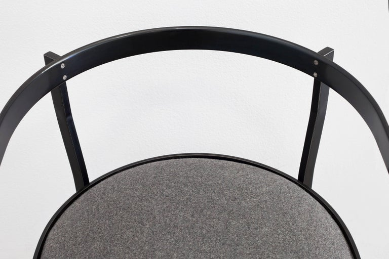 Modern Connect Upholstered Dining Chair in Hand Blackened Aluminium and Lacquer For Sale