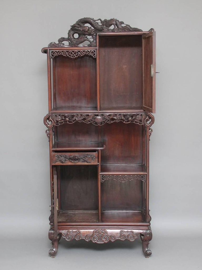 19th Century Chinese Cabinet In Good Condition For Sale In Martlesham, GB