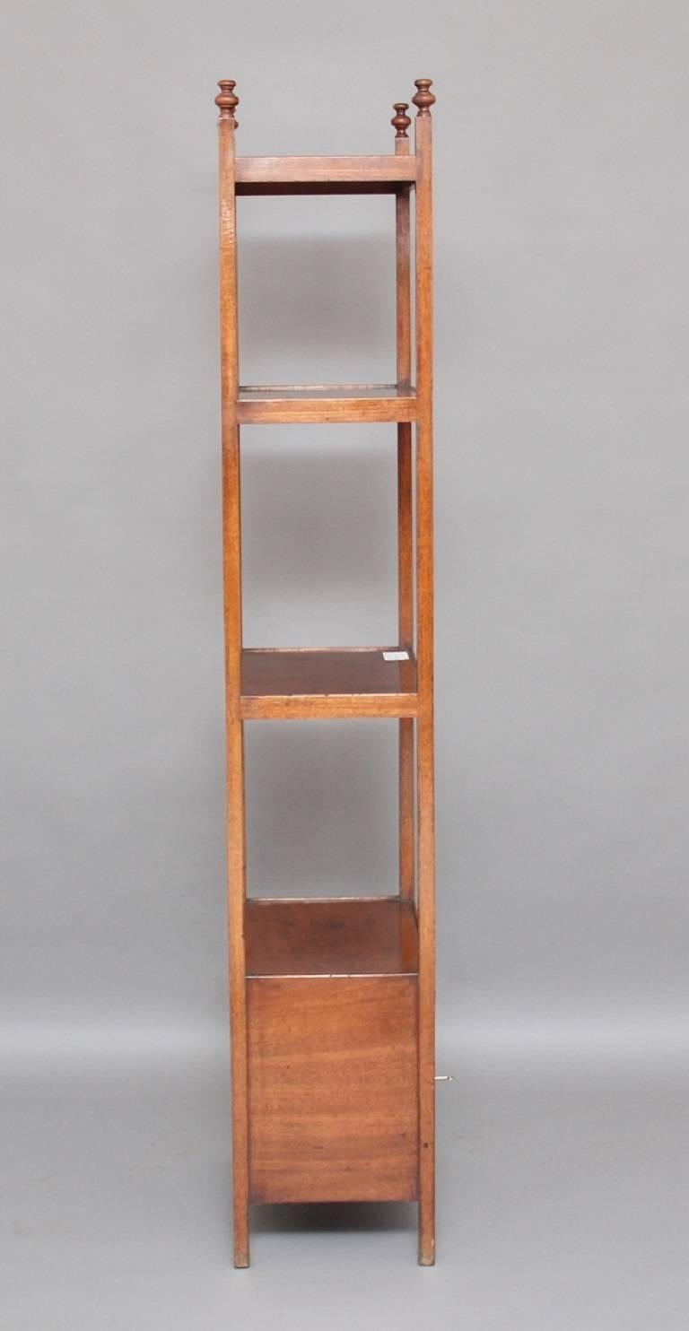 Early 19th Century Mahogany Four-Tier Whatnot For Sale 1