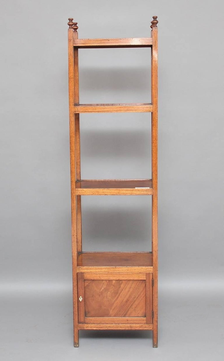 Early 19th Century Mahogany Four-Tier Whatnot In Good Condition For Sale In Martlesham, GB