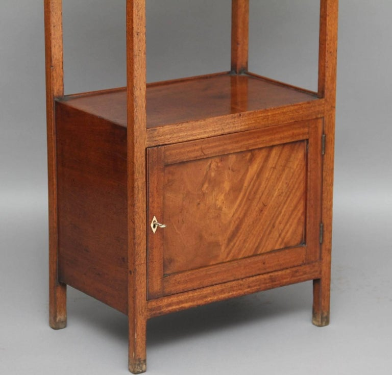 English Early 19th Century Mahogany Four-Tier Whatnot For Sale