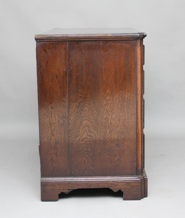 Late 18th Century 18th Century Oak Chest of Drawers For Sale