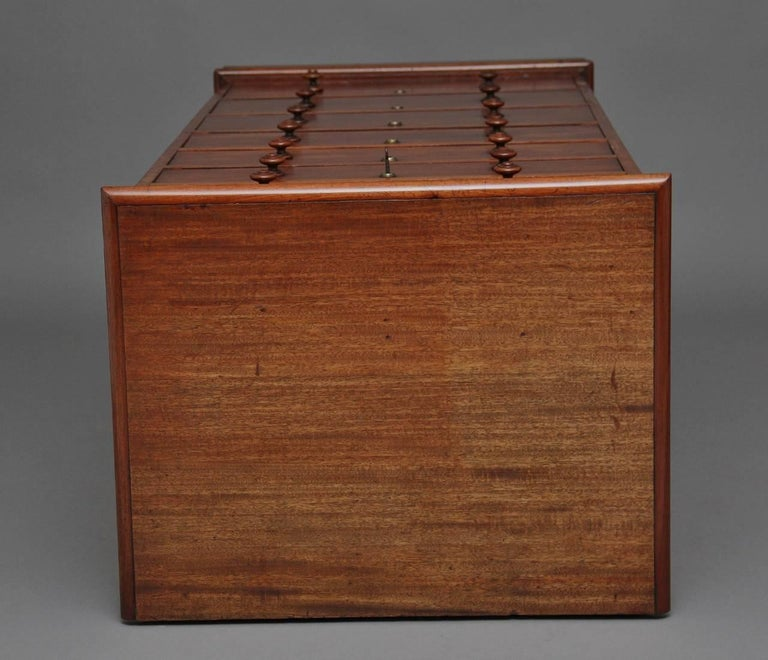 19th Century Seven-Drawer Mahogany Chest In Good Condition For Sale In Martlesham, GB