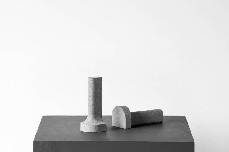 S.R.O Símbolo Volcanic Stone Bookends by EWE Studio 5