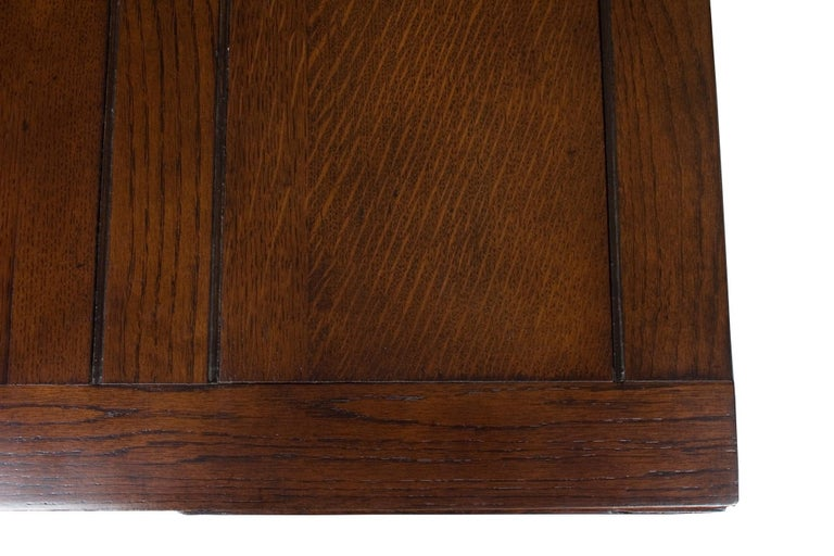 Early 20th Century English Oak Barley Twist Draw Leaf Pub Table For Sale