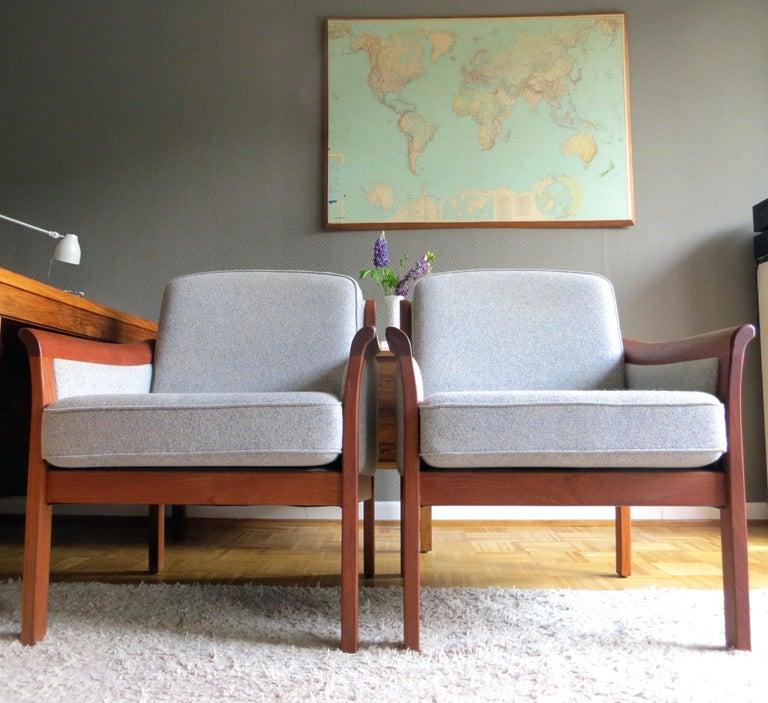 Danish Mid-Century Modern Solid Teak & Wool Easy Chairs Set in Grey-Beige, 1960s In Good Condition For Sale In Hamburg, DE