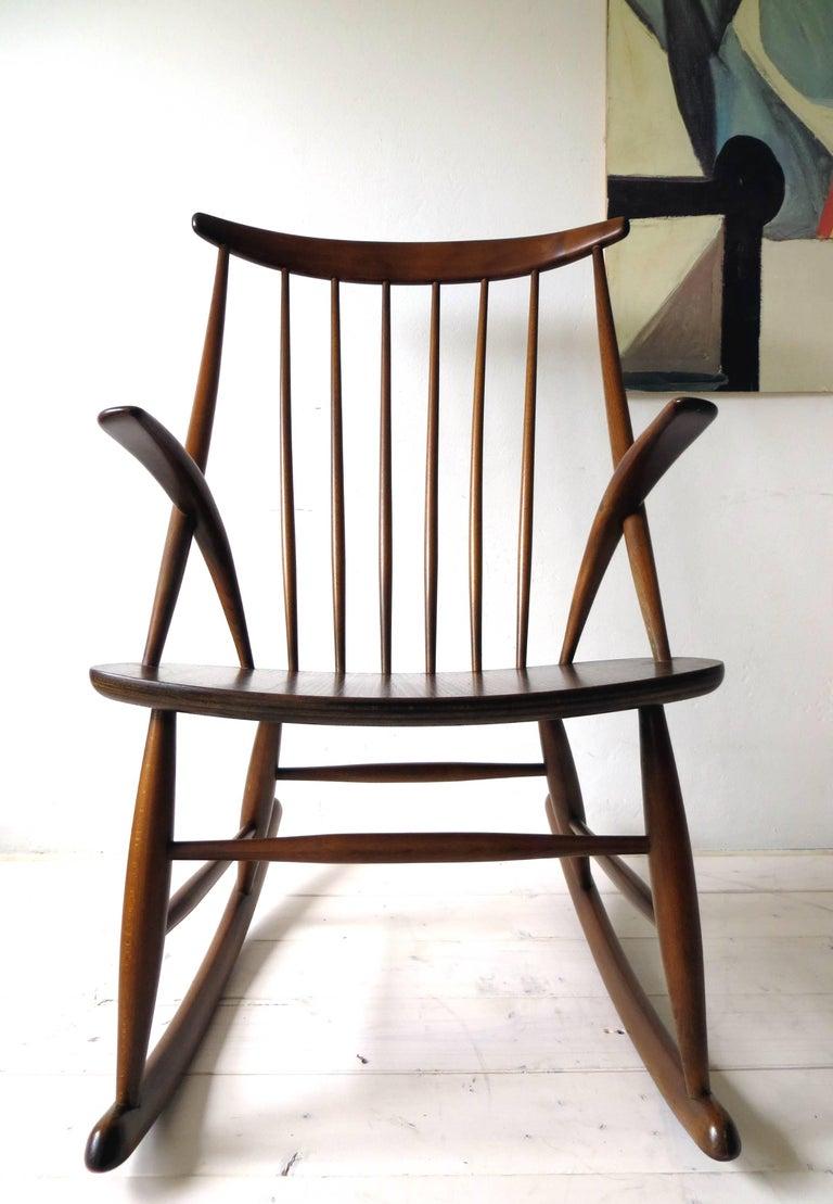 Danish rocking chair gyngestol no 3 by illum wikkels for for Schaukelstuhl illum wikkelso