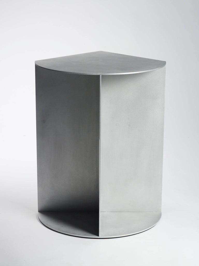 Minimalist Infield Pedestal in Waxed and Polished Aluminum Plate by Jonathan Nesci For Sale
