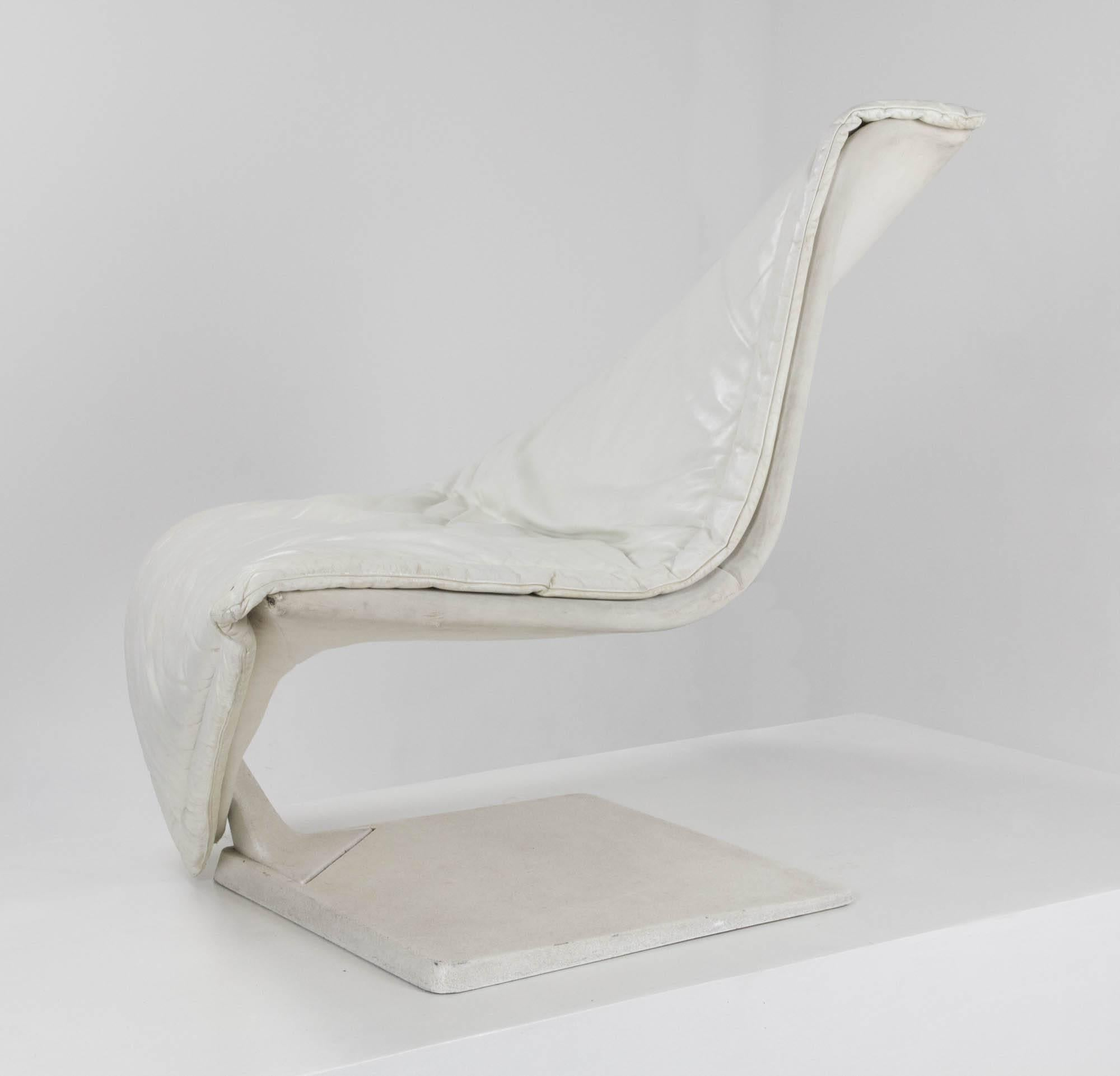 Flying Carpet Lounge Chair By Simon Desanta For Rosenthal Einrichtung With  White Leather Upholstery Formed Around