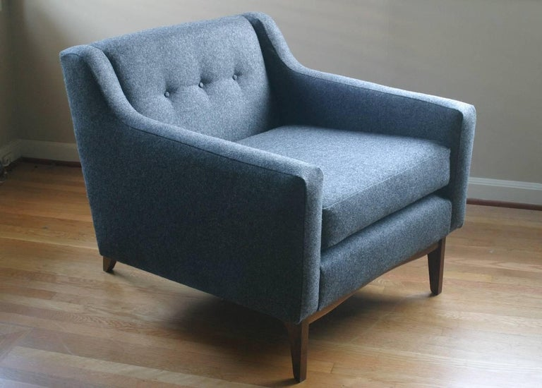 American Modern Upholstered Lounge Chair with Walnut Base and Tufted Seat Back For Sale