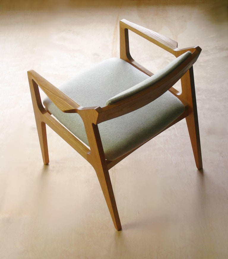 Modern Side Chair in White Oak with Heathered Grey Upholstery For Sale 1