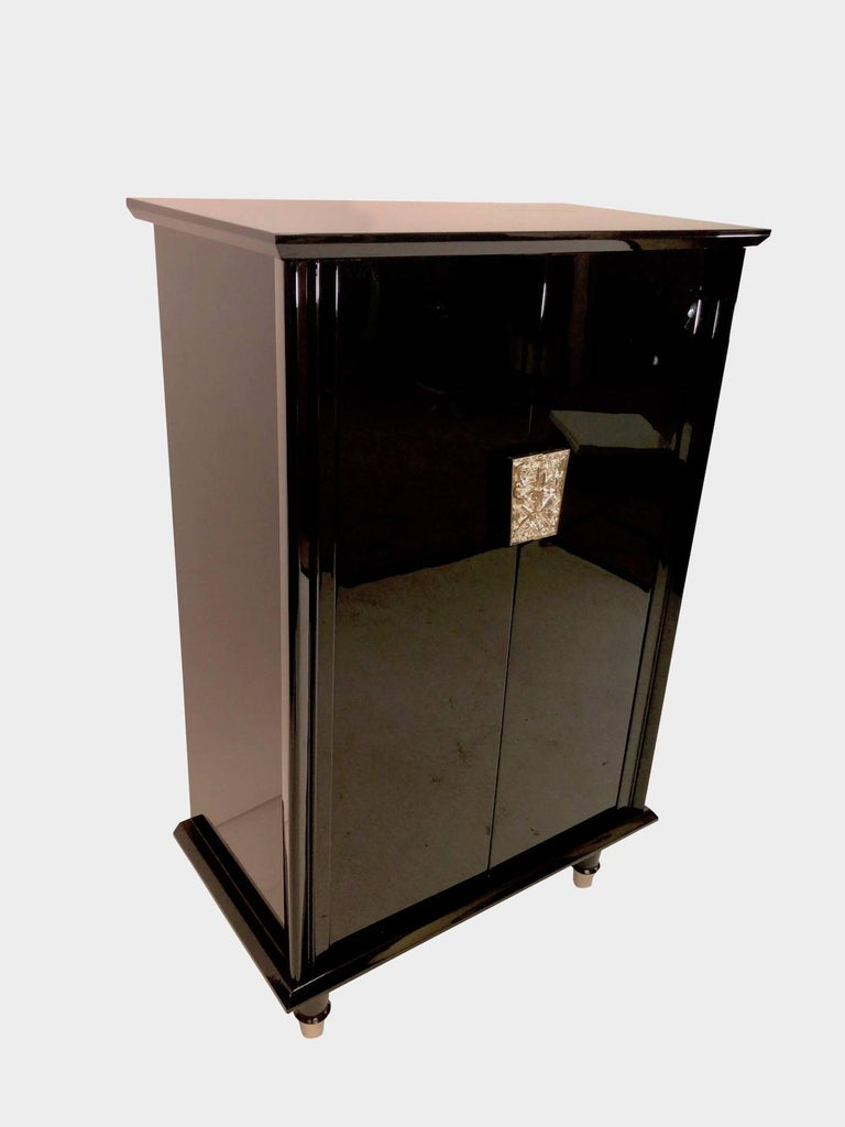 1930s French Art Deco Bar Furniture in Black Lacquer with Nickelled Fittings In Excellent Condition For Sale In Baden-Baden, DE