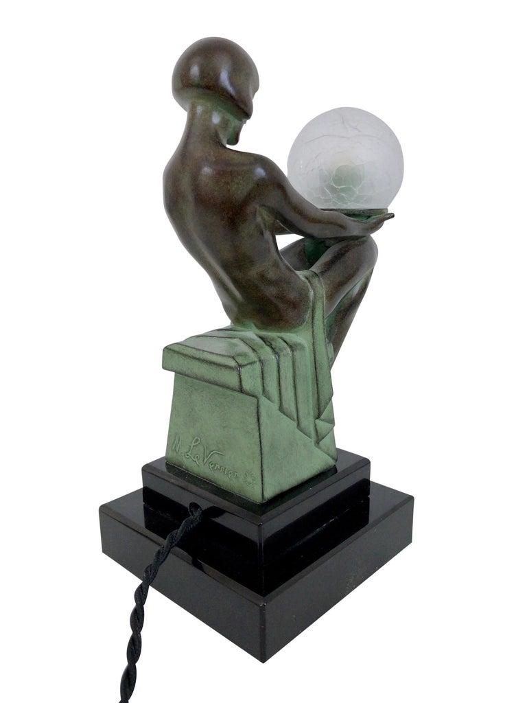 Delassement Lumineux French Art Deco Sculpture Lamp by Max Le Verrier For Sale 6