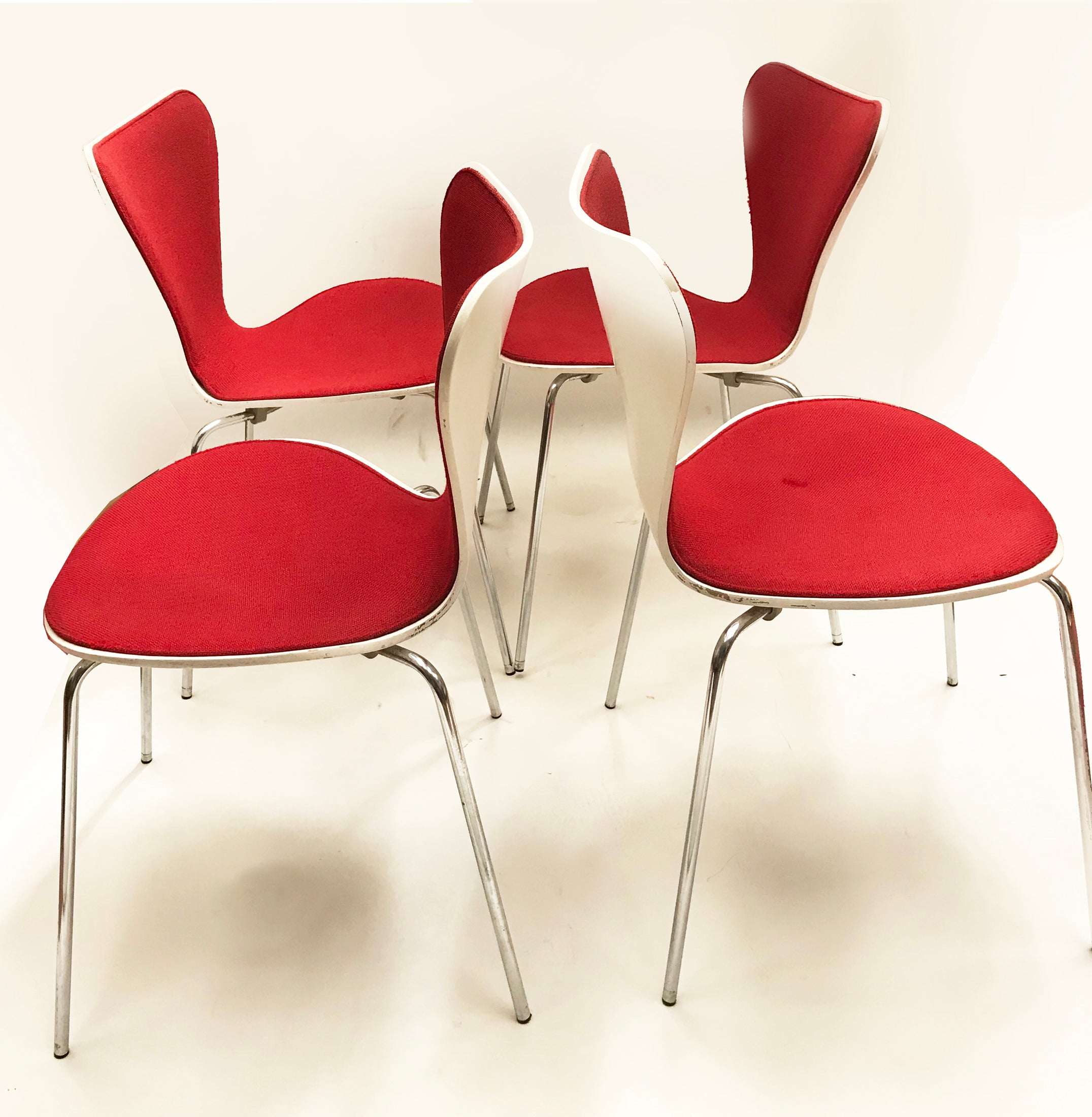 Midcentury Series 7 Chairs By Arne Jacobsen For Fritz Hansen,