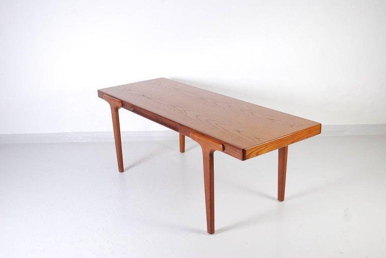 Midcentury Danish Teak Coffee Table, 1950s For Sale 4