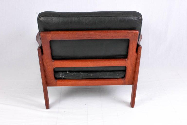 Danish Illum Wikkelsø Midcentury Teak and Leather Lounge Chair for Niels Eilersen For Sale