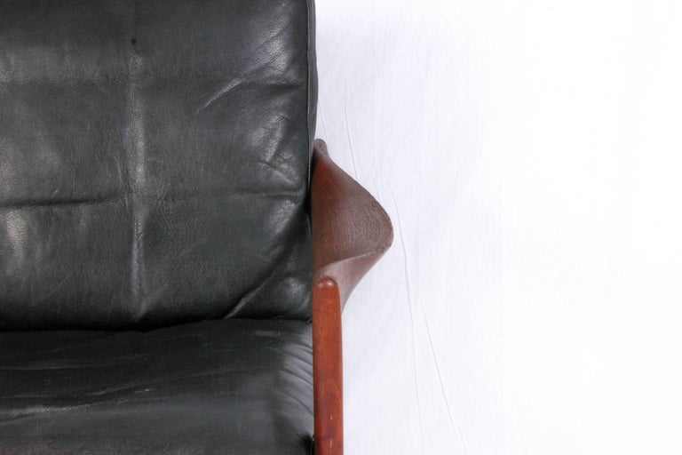Mid-20th Century Illum Wikkelsø Midcentury Teak and Leather Lounge Chair for Niels Eilersen For Sale